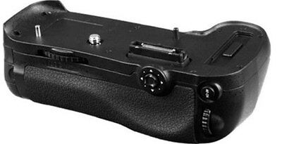 Battery Grip for Nikon D800 Holds EN-EL15 Or 8 AA Battery MBD12 With Remote NEW