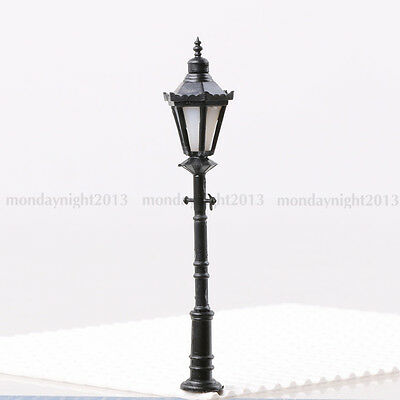 1:50 Scale Model Trains Metal Light Poles Wired LED Lighted Street Lamps LH-7