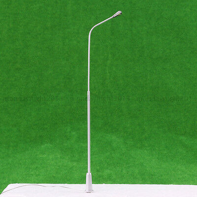 5pcs 1/50 O Scale Model Trains Metal Light Poles Wired LED Lighted Street Lamps