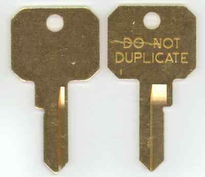 Master Lock M1 Blank Brass Do Not Duplicate DND Padlock Key Blank X2