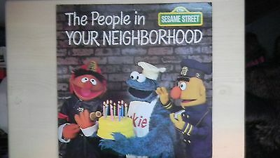 CTW Sesame Street Records THE PEOPLE IN YOUR NEIGHBORHOOD  LP 1980