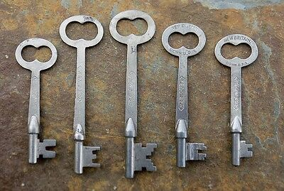 Five R & E Antique Mortise Lock Skeleton Keys Antique Door Keys  Flat Shaft