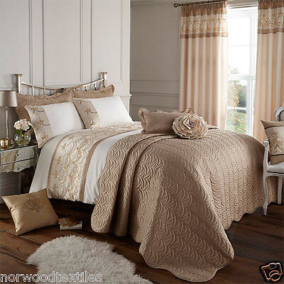 Catherine Lansfield Charlston Gold Sequin Pleated Duvet Quilt Cover Bedding Set