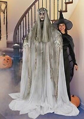 Halloween Life Size Ghost Woman Flashing Eyes Prop Decoration Haunted House