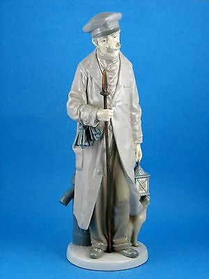 Night Watchman - Made in Spain Figurine by Lladro #5087