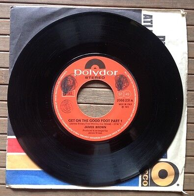"""JAMES BROWN / GET ON THE GOOD FOOT (part 1 & 2) - 7"""" (Italy 1972 - Polydor)"""