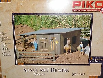 Piko G 62247 Stall with Remise NIP