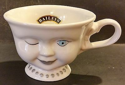 Baileys Helen Hunt For Los Angeles Youth Network Winking Lady Cup / Mug - China