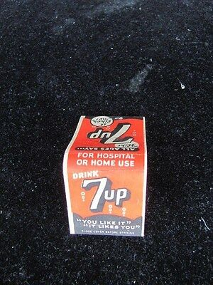 Vintage-Drink 7Up Matchbook-Unstruck