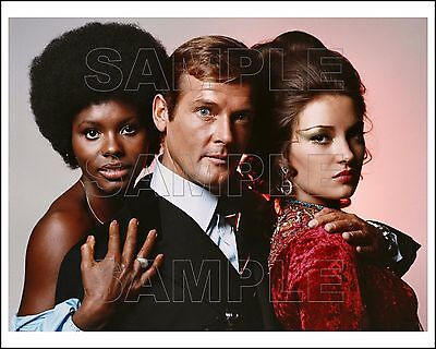 LIVE AND LET DIE 8X10 Photo 04 ROGER MOORE & JANE SEYMOUR James Bond 007