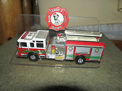 """Code 3 Collectibles Christmas Edition #3 Pumper Diecast Truck 6"""""""