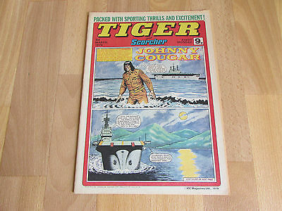 TIGER & Scorcher Magazine Daley Thompson Millwall FOOTBALL Team Picture 03/03/79