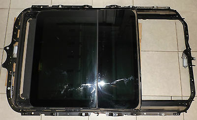 Bmw E53 X5 2004 Model Panoramic Tinted Glass Sunroof Part # 7053166  Good Order