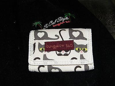 Bungalow 360 Übër Cute Kitty Cat Tri-Fold Wallet! <3 Gets Love Everywhere!