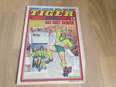 TIGER & Scorcher Comic SWIMMING Superstars & BURNLEY Team Picture 22/04/78