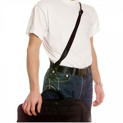 Shoulder carrying strap with hook