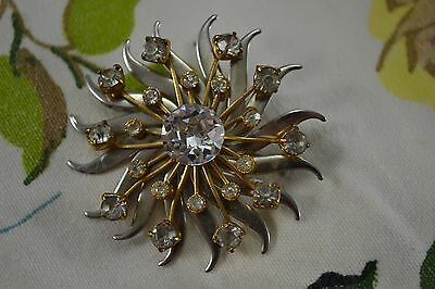 VINTAGE 1940s large diamante starburst brooch gold and silver