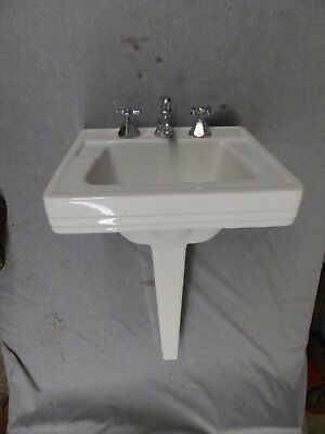 Vtg White Porcelain Peg Leg Sink Old Bathroom Lavatory Plumbing Fixture 348-16