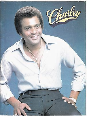 1980 CHARLEY PRIDE Country Music Concert Program with 24 Pages of Photographs