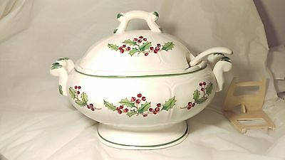 Sango White Christmas Handled Handled Soup Tureen With Lid and Ladle Exc. Cond.