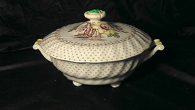 "Royal Doulton Grantham D5477 10 1/2"" Round Covered Footed Vegetable Bowl w/ Lid"