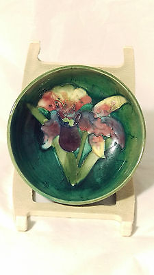 "Beautiful Pre 1953 Green WALTER MOORCROFT 3 1/8"" Orchid Design Pin Nut Dish Bowl"