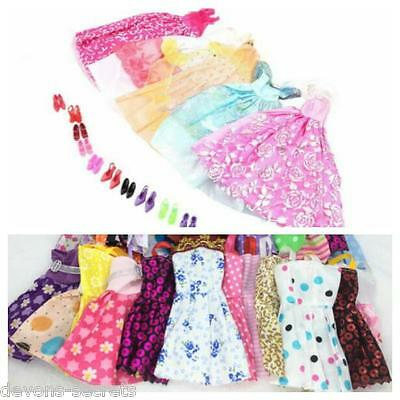 30 x bundle girls toy doll BARBIE dress party dresses outfits & shoes sets BC62