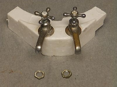 Antique Pr Nickel Brass Separate Hot Cold Sink Faucets Standard Plumbing 1247-16