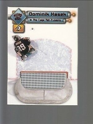 2000-01 Pacific In the Cage Net-Fusions #1 Dominik Hasek