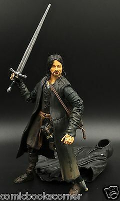 Lord of the Rings Trilogy SUPER POSEABLE STRIDER 100% Complete Hobbit ARAGORN