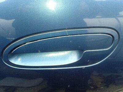 Holden VT VX VY VZ Commodore LHF Outer Door Handle left hand front