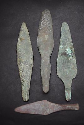 Group Of 4 Western European Bronze-Age Kn1Ves 2Nd - 1St Millennium Bc