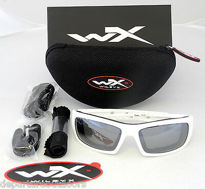 Wiley X Arrow Polarized Sunglasses Silver Flash Lens Matte White Frame Ccarr04