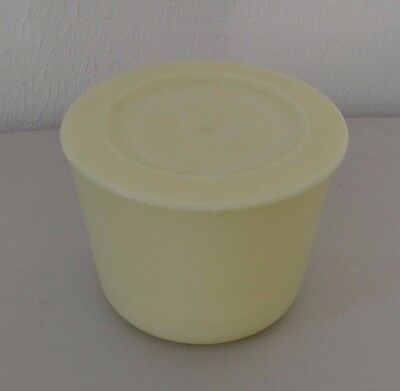Vintage Covered Refrigerator Custard Glass Dish Round Opaque Retro Kitchey EUC