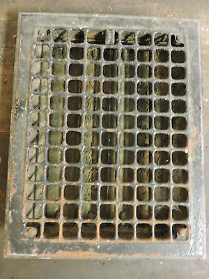 Vintage 1920S Iron Heating Grate Square Design 13.75 X 10.75 A
