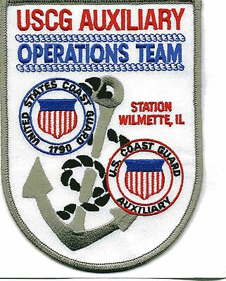 """USCG Coast Guard Patch - Sta. New Haven Aux. Ops. Team, CT (4"""" x 5.5"""") (fire)"""
