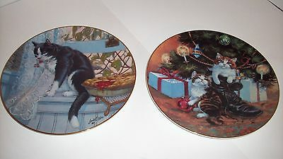 Two Lowell Davis Kitten/Cat Plates - Companys Coming & Country Christmas