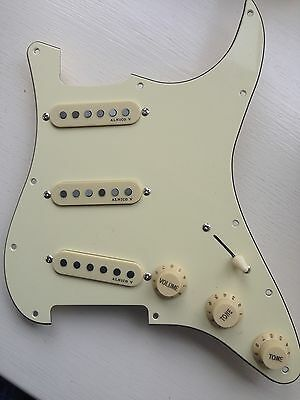 Stratocaster Guitar Cream 3-ply Pickguard Fully Loaded 3-Alnico V P/ups New!!