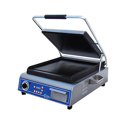 """Globe GSG14D Single Deluxe 14"""" Electric Sandwich Grill w/ Smooth Plates"""