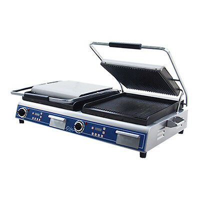 """Globe GPGDUE14D Double Deluxe 14"""" Electric Sandwich Grill w/ Grooved Plates"""