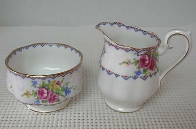 PETIT POINT Royal Albert MINI CREAMER & SUGAR BOWL SET Bone China England Cream
