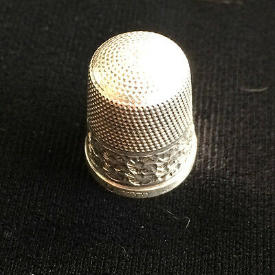 Vintage Fully Hallmarked Solid Silver Sewing Thimble Size 8 (10)