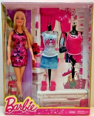 Barbie doll set with clothing and accessories ages 3+ New in box