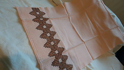 2 Vintage HUCK COTTON EMBROIDERED TOWELS Brown Design on Peach