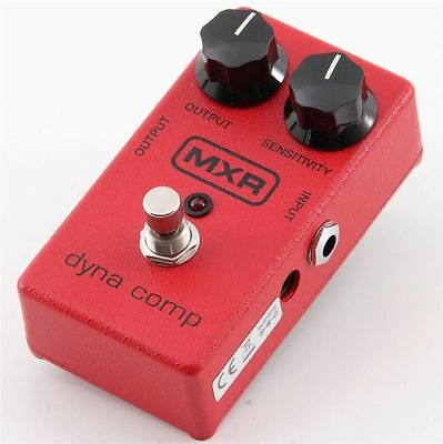 MXR M-102 Dyna Comp Compressor Guitar Effects pedal / Stomp Box