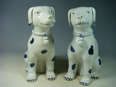 beautiful chinese blue&white porcelain dogs