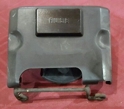 1984 Honda CB650 NIGHTHAWK cb650sc FUSE BOX COVER & BRACKET 1983 1985