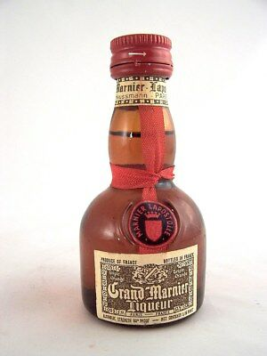 Miniature circa 1989 GRAND MARNIER Liqueur Isle of Wine