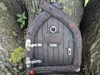 """Fairy House Door Wall Plaque Resin 7 1/2"""" Gnome Home Pixies Elves"""
