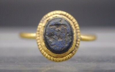 Ancient Roman Gold Intaglio Finger Ring With Blue Stone Insert 1St Century Ad